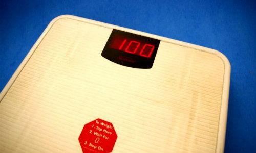 lo pierdere în greutate slabesc 1 kg pe zi