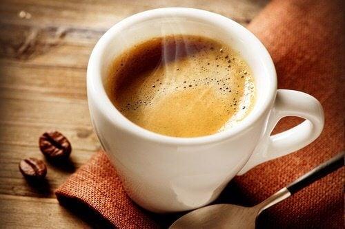 SLĂBEȘTE RAPID CU O CAFEA VERDE - SFATURI PENTRU PIERDEREA ÎN GREUTATE