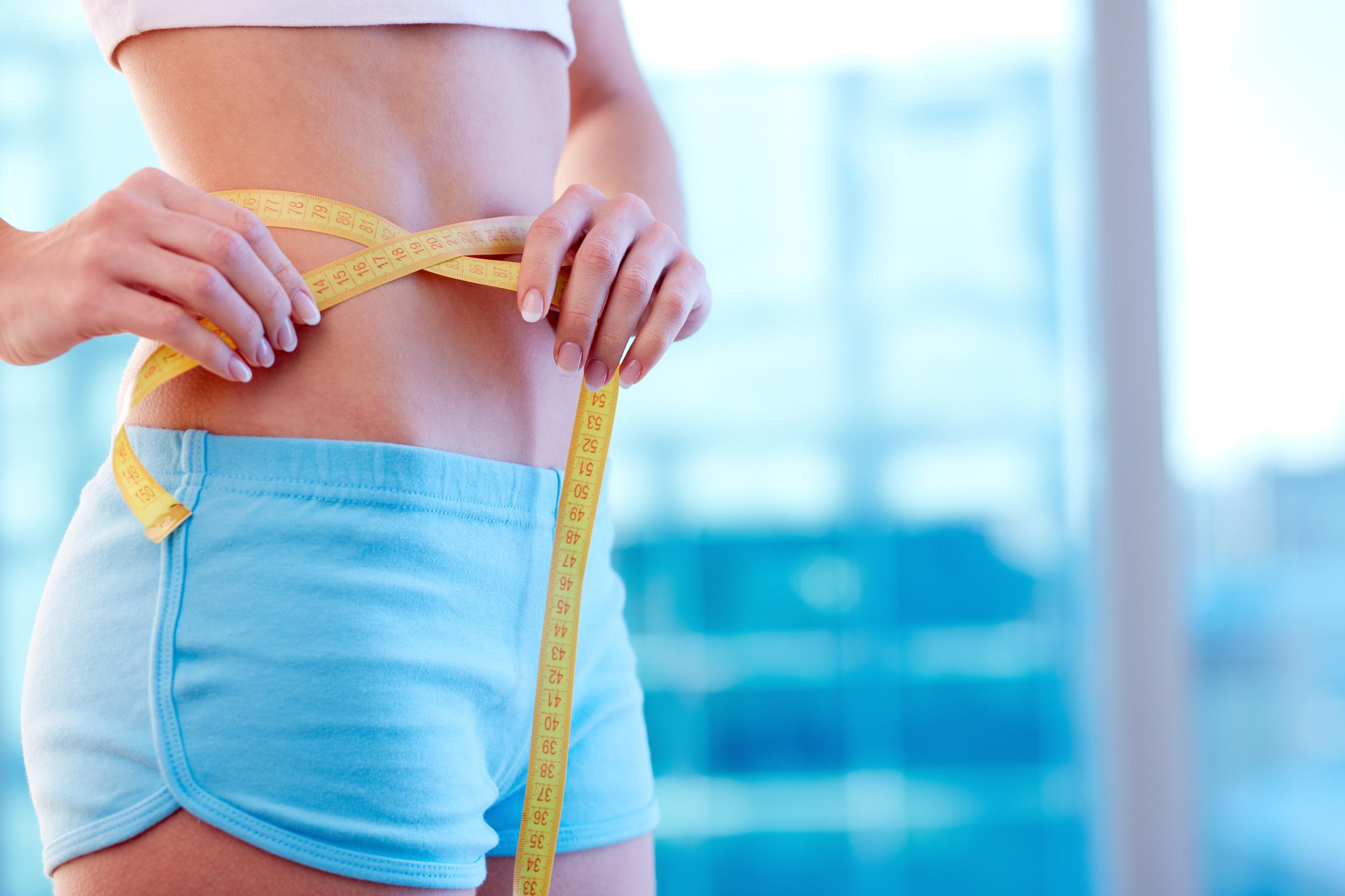 Grăsimea de pe burtă: Pierde în greutate în ciuda greutății normale?
