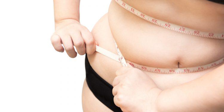 pierde grăsimea de burtă peste 50 de femei scenă de pierdere în greutate