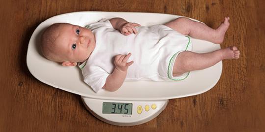 alăptarea după o pierdere în greutate de 3 luni)