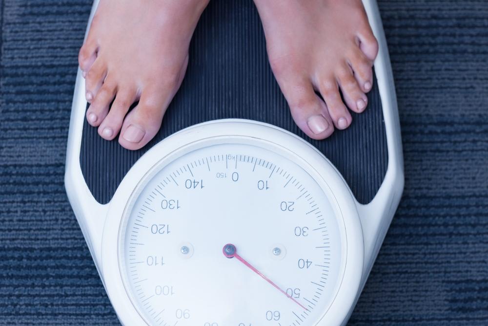 pierderea în greutate și densitatea osoasă scăzută)